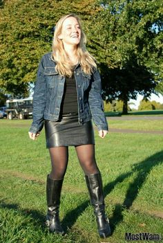 Cute amateur blonde in leather skirt and boots outfit Pantyhose Skirt, Pantyhose Outfits, Black Pantyhose, Black Tights, Opaque Tights, Nylons, Skirts With Boots, Tights And Boots, Tights Outfit
