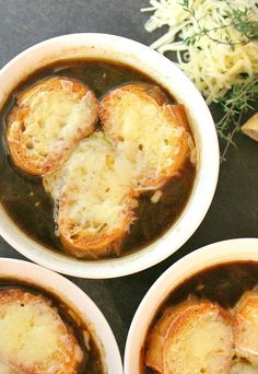 The best French Onion Soup Recipe does not hide a pot of mediocre broth under a thick blanket of cheese. Try this fool-proof method for an authentic, earthy flavor. (recipe for meatballs french onion) Bon Appetit, I Love Food, Good Food, Best French Onion Soup, Onion Soup Recipes, Onion Soups, Best Onion Soup Recipe, Best Soup Recipes, Fall Recipes