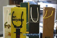 64046e316 21 mejores imágenes de Bolsas de lujo para botellas   Bolsos, Lujos ...