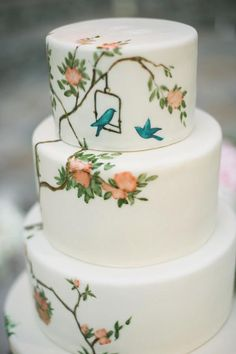 white Cake with birds