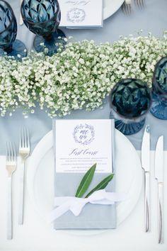 Wedding menu and babys breath centerpiece Rustic Wedding Favors, Wedding Reception Decorations, Wedding Centerpieces, Wedding Table, Blue Wedding, Wedding Flowers, Wedding Vintage, Nantucket Wedding, Greece Wedding