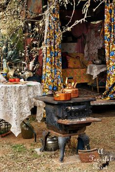 Gypsy living:  FAB blog post -- they actually cooked on the stove and generally enjoyed the full atmosphere . . .