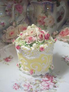 COTTAGE PINK ROSE DECORATED FAKE CAKE CHARMING!!!