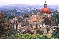 En #Cuernavaca podrás encontrar vistas de las catedrales más emblemáticas del país. #BestDay hace posible que las conozcas. #OjalaEstuvierasAqui