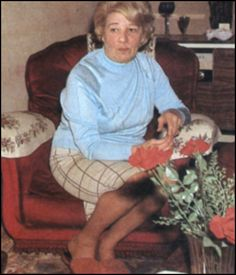 The Kray twin brothers Mother, Mrs Violet Kray. The Krays, East End London, Identical Twins, Twin Brothers, British Isles, Looking Back, Crime, History, Historia