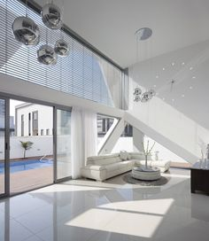Villa Style Inspired by Spaceship Look : Neighborhood XVII Residence By Zahavi Architects – Living Room