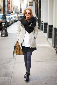 April 5 NYC Street Style - New York Street Style Pictures - ELLE