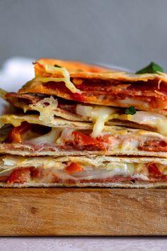 Italian Hoagie-dilla - Dash of Mandi Turkey Pepperoni, Italian Night, Easy Eat, Quesadilla Recipes, Roma Tomatoes, Pie Dish, Quick Meals, Cooking Recipes, Lunch