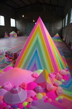 flooring art This Candy Floor Art Installation Puts Even Willy Wonka To Shame (Photos) art modelling abstract contemporary artwork artist Art Pop, Instalation Art, Floor Art, Contemporary Artwork, Contemporary Artists, Modern Contemporary, Australian Artists, Art Plastique, Art Photography