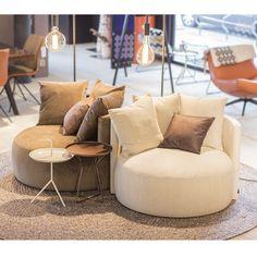 Coaster Furniture, Sofa Furniture, Luxury Furniture, Lounge, Futuristic Furniture, Home Decor Accessories, Home Interior Design, Interior Inspiration, Love Seat