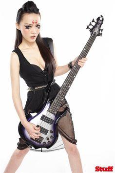 Doris Yeh Taiwanese Heavy Metal Chthonic_02