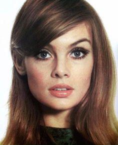 The inimitable Jean Shrimpton. 1960s Makeup, Retro Makeup, Vintage Makeup, Vintage Beauty, Sixties Makeup, Contour Makeup, Beauty Makeup, Hair Makeup, Hair Beauty