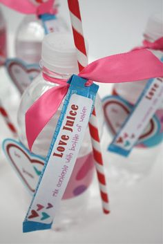 """Love Juice"" Valentine's Day Gift Idea {with free printable}!!"