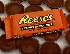 Country Girl Getting Fit & Free: Reese's Cup Shakeology Reeses Peanut Butter, Chocolate Day, Chocolate Lovers, Favorite Candy, Shakeology, The Best, Dessert Recipes, Milk, Candy