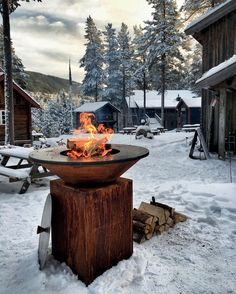 The OFYR Grill is a wood fired grill that has a round steel cooking surface and corten steel frame. The OFYR grill is versatile for outdoor cooking. Fire Grill, Bbq Grill, Grilling, Barbecue, Fire Cooking, Outdoor Cooking, Cooking Grill, Winter Bbq, Plancha Grill