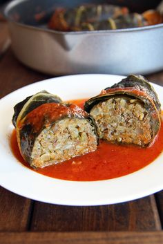 Collard Greens meet Cabbage Rolls = Collard Roll Ups Our weeklyCSA box contents have really [...]