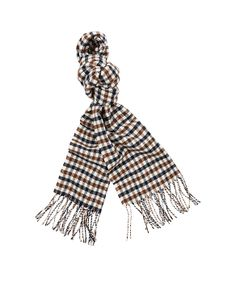 Inject a little luxury to your accessory collection with the Wool Club Check Scarf. Crafted from luxuriously soft, pure lambswool, this piece boasts our signature check and features tassels on the edge. Layer yours over a coat or jacket during colder weather, for a smart and functional look.