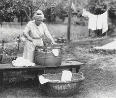 This has a great recipe for homemade laundry detergent. Also, Washing Day Instructions given to a bride in 1912 by her Kentucky grandma. Must make a print for the laundry room. Vintage Pictures, Old Pictures, Old Photos, Retro Images, Family Pictures, Vintage Images, Laundry Lines, Laundry Art, Laundry Tubs