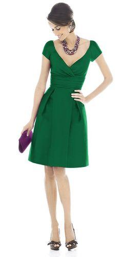 wedding+guest+outfit+green+dress+.jpg (553×1179)