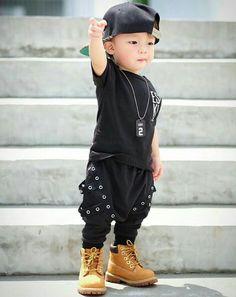Little Boy Fashion, Baby Boy Fashion, Cute Girl Pic, Cute Girls, Toddler Swag, Stylish Little Boys, Cute Kids Pics, Kids Fashion Photography, Baby Album