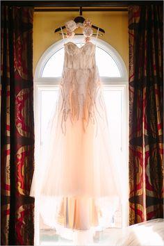 pink wedding dress by Monique Lhuillier, I'd totally rock pink! Pink Blush Wedding Gowns, Wedding Dress Sizes, Bridal Dresses, Flower Girl Dresses, Casual Wedding, Chic Wedding, Dream Wedding, Wedding Dresses For Curvy Women, Event Dresses