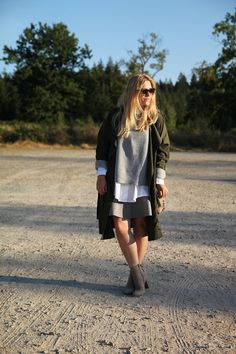 Layering game strong | I love layering in fall. See the full look on my blog: http://jillepille.com/layering-game-strong/