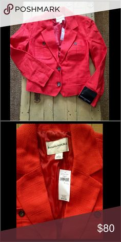 NWT Banana Republic Red cott linen blazer JACKET 2 NWT Banana Republic BRAND bright red cotton linen blend button front blazer fire red WMNS SZ 2 $110 100% Authentic Banana Republic BRAND  Size: WOMENS size 2 (REG) Color: bright red Condition:  New with tags, store display; see photos for specific detail Made in Vietnam Combined shipping discount with purchase of additional items. All items come from a CLEAN, SMOKE-FREE home Banana Republic Jackets & Coats Blazers