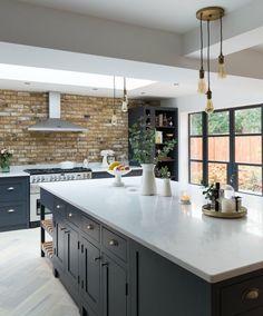 McKenchie - The Shaker Kitchen Open Plan Kitchen Living Room, Home Decor Kitchen, New Kitchen, Home Kitchens, Black Kitchens, Kitchen Tools, Kitchen Ideas, Kitchen Island, Lobby Design