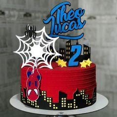 Bolo do Homem-Aranha: 75 modelos radicais e muito criativos Spiderman Cake Topper, Spiderman Birthday Cake, Spiderman Theme, 3rd Birthday Cakes, Superhero Cake, Geek Cake, Cake Games, Cake Decorating Techniques, Pumpkin Spice Cupcakes