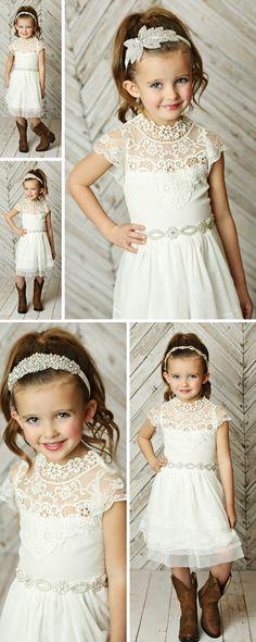 Pretty Flower Girl Dresses, Flower Girl Dresses Country, Flower Girl Tutu, Lace Flower Girls, Little Girl Dresses, Girls Dresses, Tulle Dress, Lace Dress, White Dress