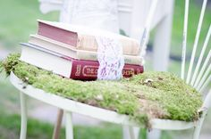 Accent Chair + Moss    @ Blush Events    ©Guillermo Raya Photography and Ross Knight Photography    theblushevent.com