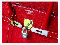Hermès Birkin Bag  T H E F U L L E R V I E W