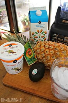Wanting to add in more fruits to your childs day, this a a great way to keep them cool and give them a nutritious treat. Healthy Drinks, Healthy Food, Healthy Eating, Healthy Recipes, Avacado Smoothie, Green Smoothies, Fresh Fruits And Vegetables, Cooking Gadgets, Holiday Drinks
