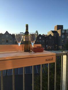 Enjoy a nice glass of wine on the BALKONBAR www.balkon.bar