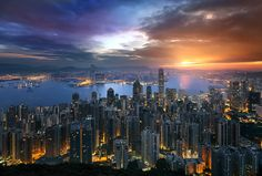 "A Golden Hong Kong Morning - This image is a manual blend from 4 exposures, taken at different times and focal distances. You can see the EXIF, original images, and explanation of the processing on my blog:   <a href=""http://bit.ly/HKsunrise"">HK Sunrise</a>  Learn to create stunning cityscapes, with instantly downloadable, high quality video courses:  <a href=""http://www.shutterevolve.com/luminosity-masks-tutorials-digital-blending-course/"">Luminosity Mask Tutorial</a> & <a…"
