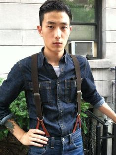 Korean model Sung Jin Park/Seongjin Park, who describes his personal style as rockabilly - Develop strong presence like these models. Click the pic. Asian Men Fashion, Korean Street Fashion, Denim Fashion, Park Sung Jin, Rockabilly Fashion, Rockabilly Style, All Jeans, Wilhelmina Models