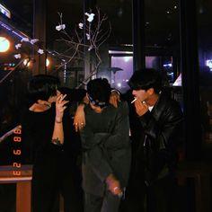 Korean Best Friends, Boy And Girl Best Friends, Cute Friends, Korean Boys Ulzzang, Ulzzang Couple, Ulzzang Girl, Cute Asian Guys, Cute Korean Boys, Cute Boys