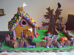 Halloween Gingerbread house — Gingerbread Houses