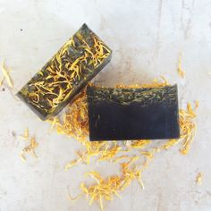Black Weed, Activated Charcoal and Sea kelp facial soap, hemp seed oil, gift for her, gift for him, peppermint oil, detox soap by AmberLiliesBodyCare on Etsy (null)