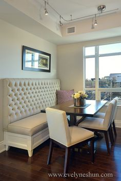 desiretoinspire.net. Tight spaces, this elegant banquette and light colors lend to setting six comfortably.