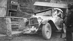 vanha valokuva auto – Google-haku Antique Cars, Haku, Antiques, Vehicles, Google, Vintage Cars, Antiquities, Antique, Car