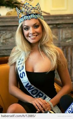Tatana Kucharova winner of Miss World 2006 photo Miss World 2000, World Winner, World Pictures, Beautiful Inside And Out, Beauty Pageant, Beauty Queens, Woman Face, Face And Body, Hair Beauty