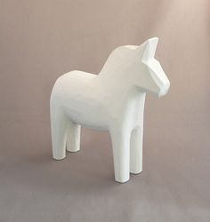 INSPIRATION: White Dala Horse   #dalahast #dalahorse #scandinavian