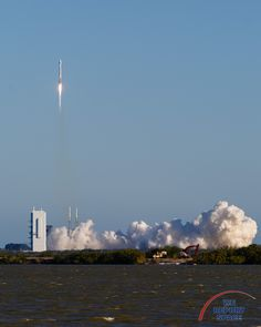 Atlas V launch at Cape Canaveral (GPS IIF-12) - Album on Imgur
