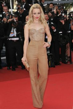Rachel McAdams on the Red Carpet in Cannes. She had been killing it this year! Style icon!