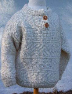 Klassisk Sweater, Læsø Hedegarn. 2-14 years Crochet For Boys, Knitting For Kids, Free Knitting, Knitting Projects, Crochet Baby, Knit Crochet, Baby Cardigan Knitting Pattern, Baby Knitting Patterns, Knitting Stitches