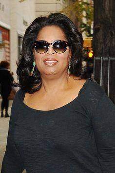Oprah Winfrey Suffers False Alarm Breast Cancer Scare! (425 x 638) Round Sunglasses, Sunglasses Women, Milwaukee City, Oprah Winfrey, Mississippi, Breast Cancer, American, Image, Style