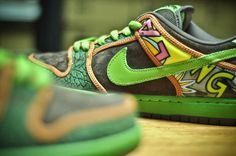 cheaper be34c 47b0f A Closer Look The Nike Dunk SB