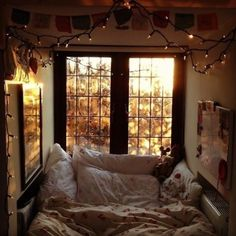 I've literally seen this picture floating around online for years and it gets me every time. For me personally this is the epitome of coziness and comfort! Just sharing this because it brings me joy - hoping it brings you joy too!  #fall#autumn#interior#design#decor#decorate#bed#bedroom#blankets#nature#weather#halloween#cozy#comfy#winter#seasons - Architecture and Home Decor - Bedroom - Bathroom - Kitchen And Living Room Interior Design Decorating Ideas - #architecture #design…