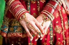 Traditional Indian Bangles For South Indian Bride #BridalBangle #SouthIndianBridalBangle